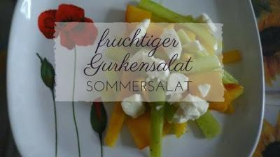 An heißen Sommerabend erfischt euch dieser fruchtige Gurkensalat mit Mango und Pfirsich. Die Gäste eurer nächsten Grillparty werden ebenfalls begeistert sein.