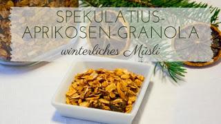 Spekulatius-Aprikosen-Granola, Müsli auf dem Frühstückstisch in einer Schale