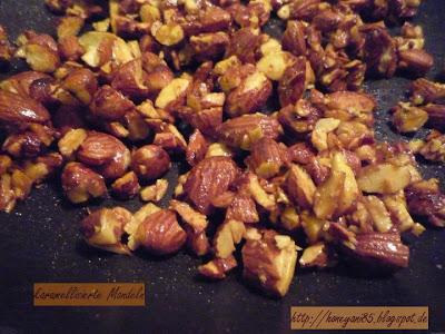 karamelisierte Chili-Mandeln mit Kurkuma und Agavendicksaft