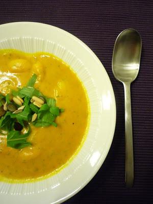Rezept Kürbissuppe mit Gnocchis und Ruccola