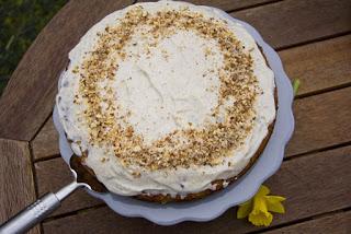 Rezept Möhrenkuchen zu Ostern backen.