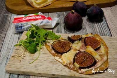 fruchtige Flammkuchen Varianten mit Feige, Ziegenweichkäserollen.