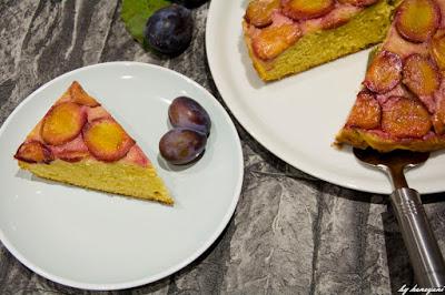Upside Down Kuchen mit Zwetschgen und Ahornsirupkaramell