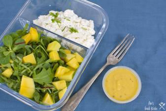 Rezept für die Lunchbox Mango Salat mit Hüttenkäse