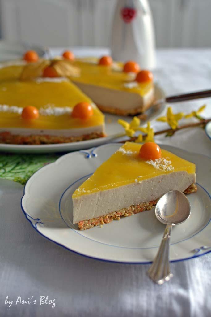Ein Stück Mango-Torte auf dem Oster-Kaffeetisch