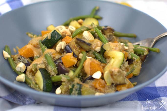glutenfreie Amaranth Zucchinie Gemüsefanne