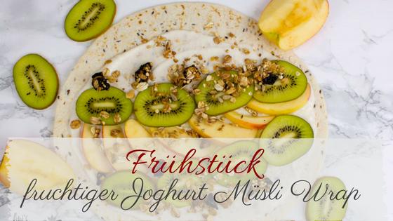 Leckeres veganes Rezept für dein Frühstück. Frühstückswrap mit Kiwi und Apfel
