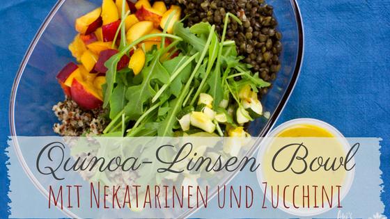 Sommer Salat Rezept aus 5 Zutaten mit Quinoa und Linsen und Dijon Dressing - für die Mittagspause zum mitnehmen
