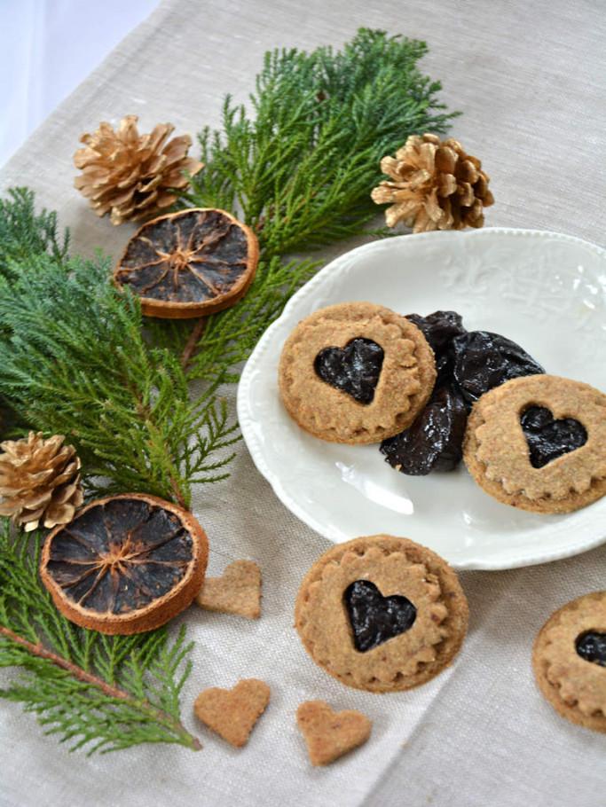gesunde Spitzbuben mit Pflaumenmus gefüllt Weihnachtsplätzchen