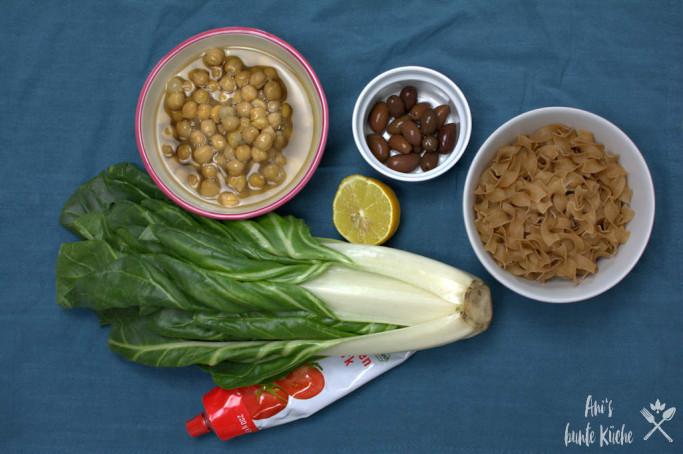 5 Zutaten für das One Pot Pasta Rezept mit Mangold