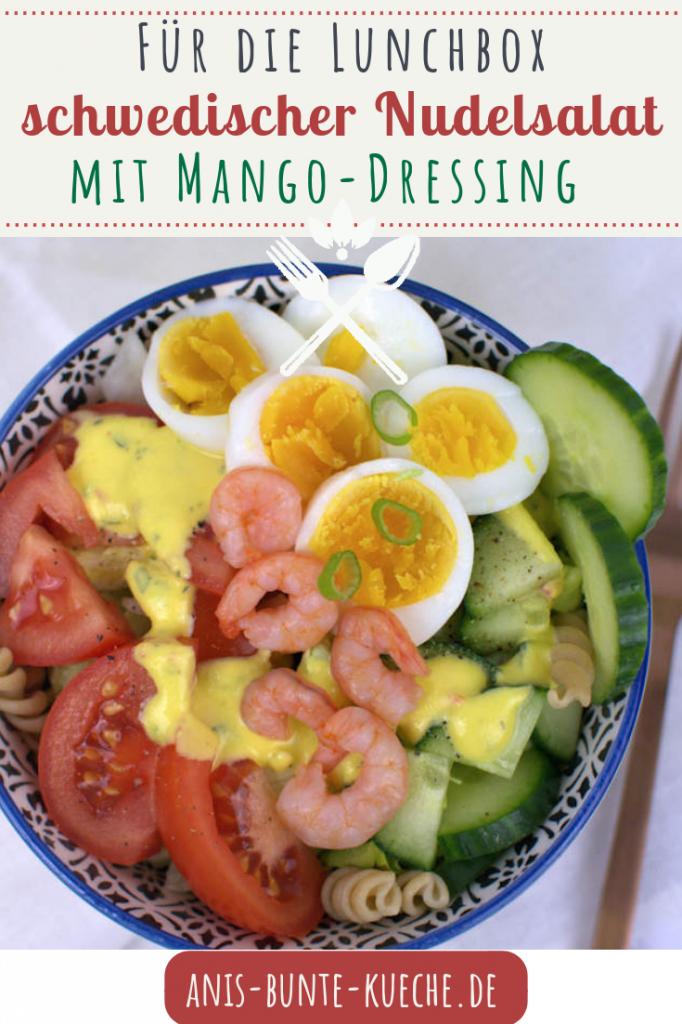Nudelsalat mit Krabben und Ei und Mango Dressing nach schwedischer Art.