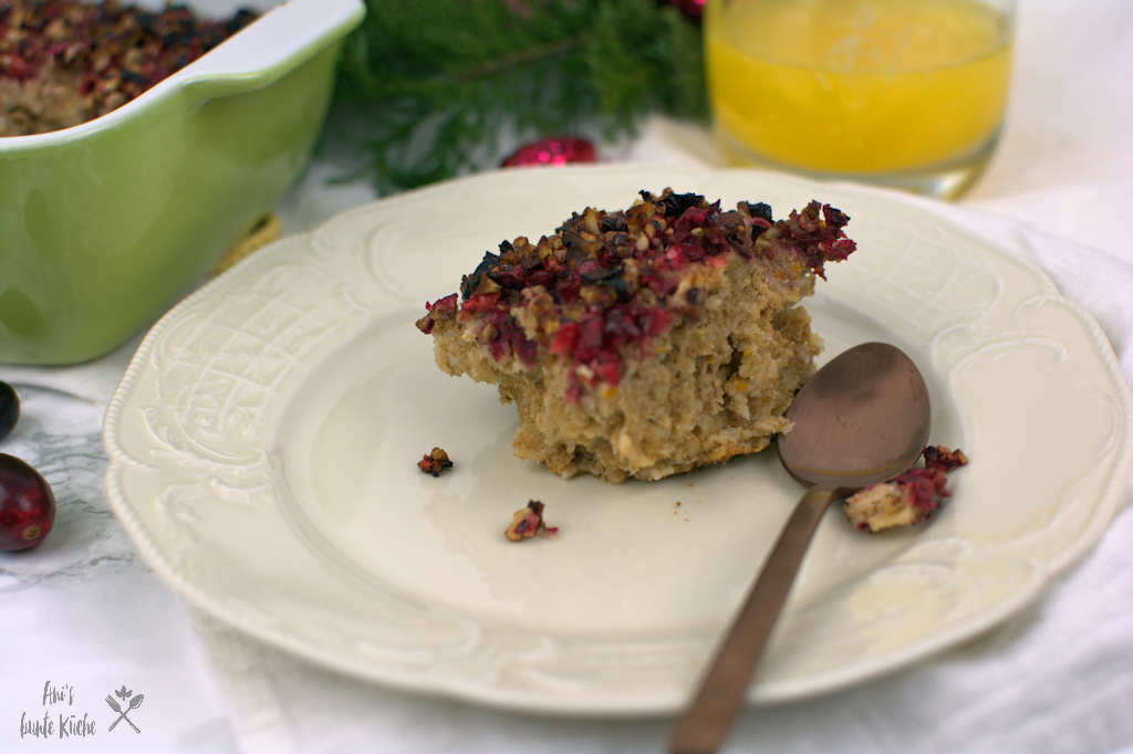 Cranberry Baked Oatmeal zu Weihnachten.
