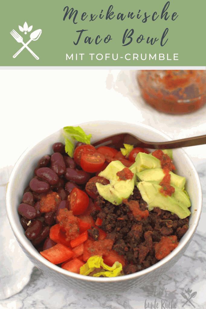mexikanische Taco Bowl mit Avocado und Tofu aus dem Ofen