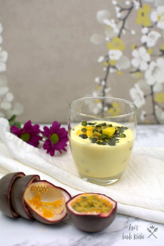 Einfaches Sommer Dessert Mango Joghurt